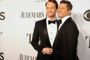 neil patrick harris had sir elton john sing at his wedding